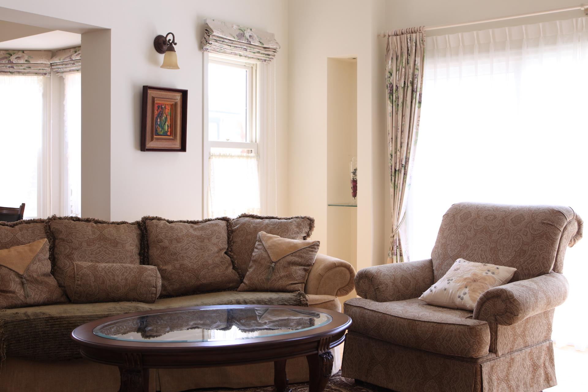 アシュレイの大型家具が似合う、リビングルーム