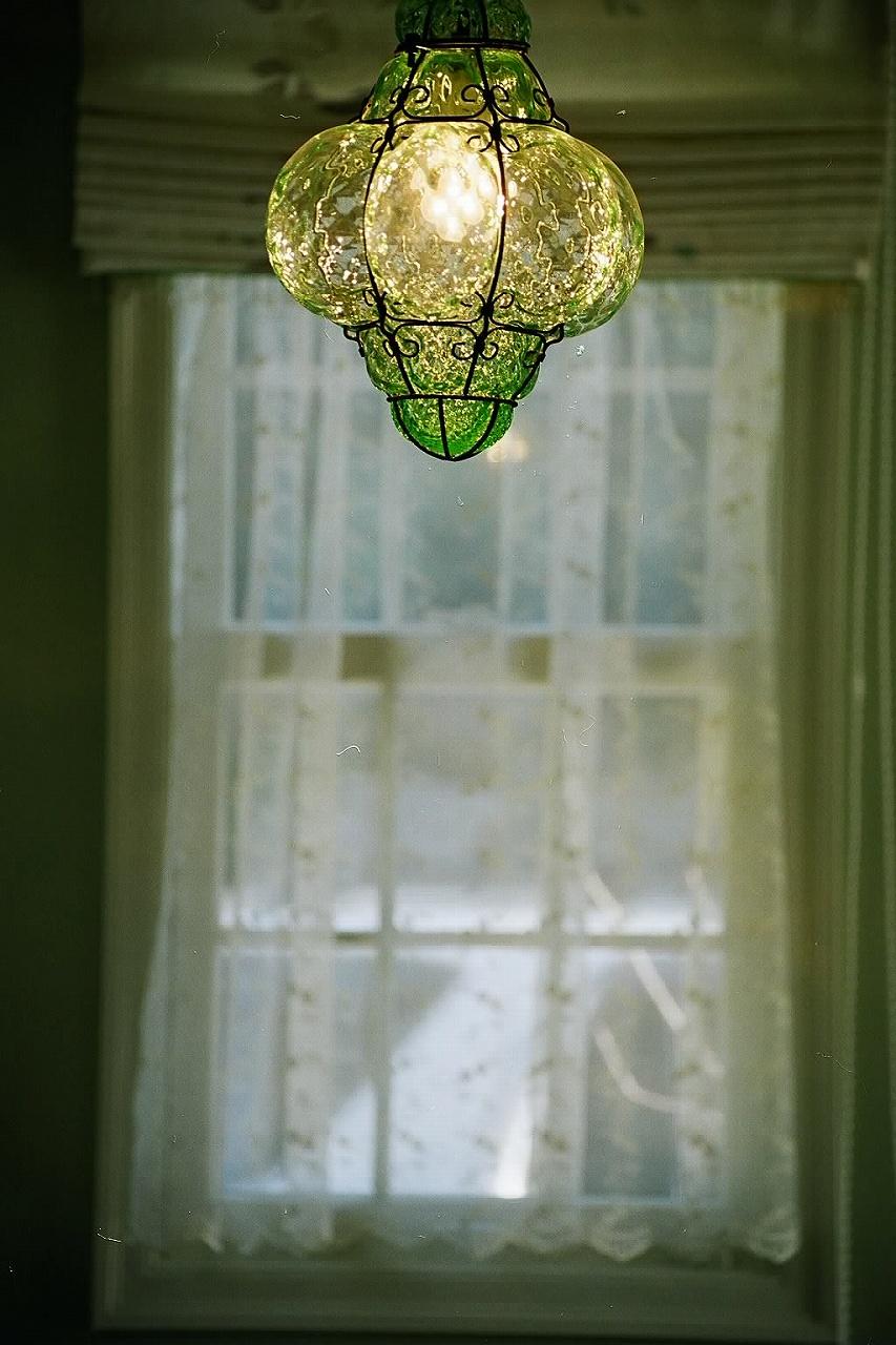 グラデーションガラスのペンダント照明