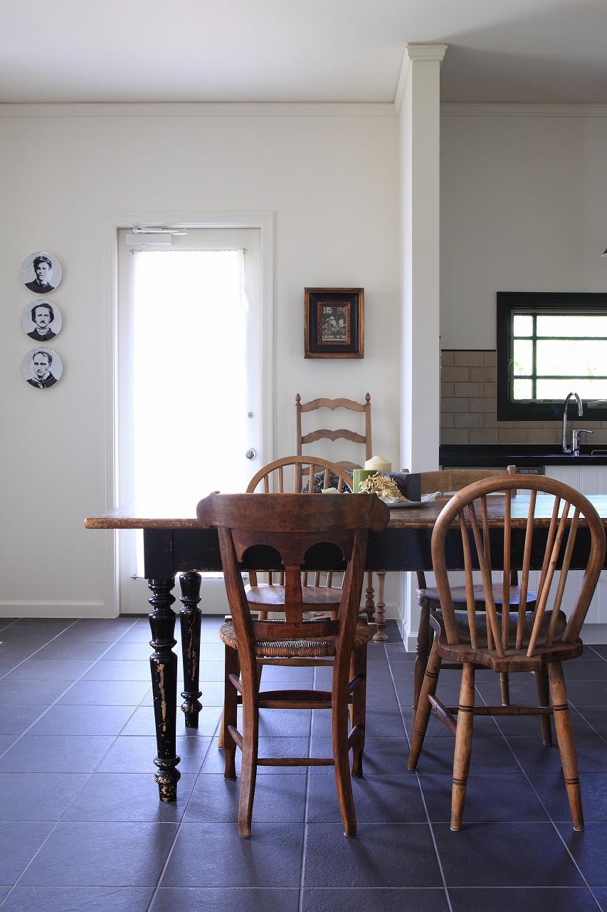 アンティークモダンな空間。ダイニングinキッチン