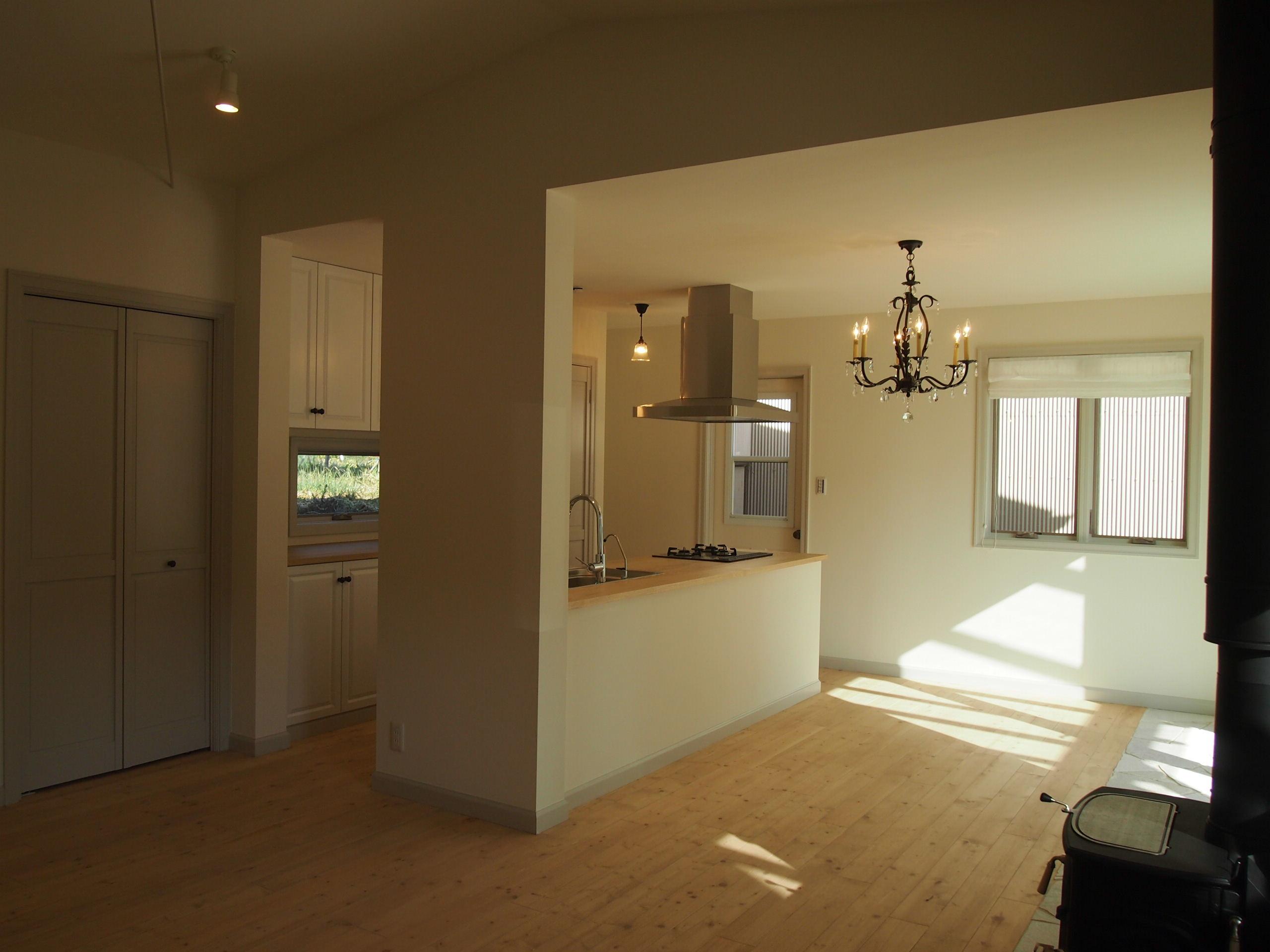 回廊型の2列キッチン