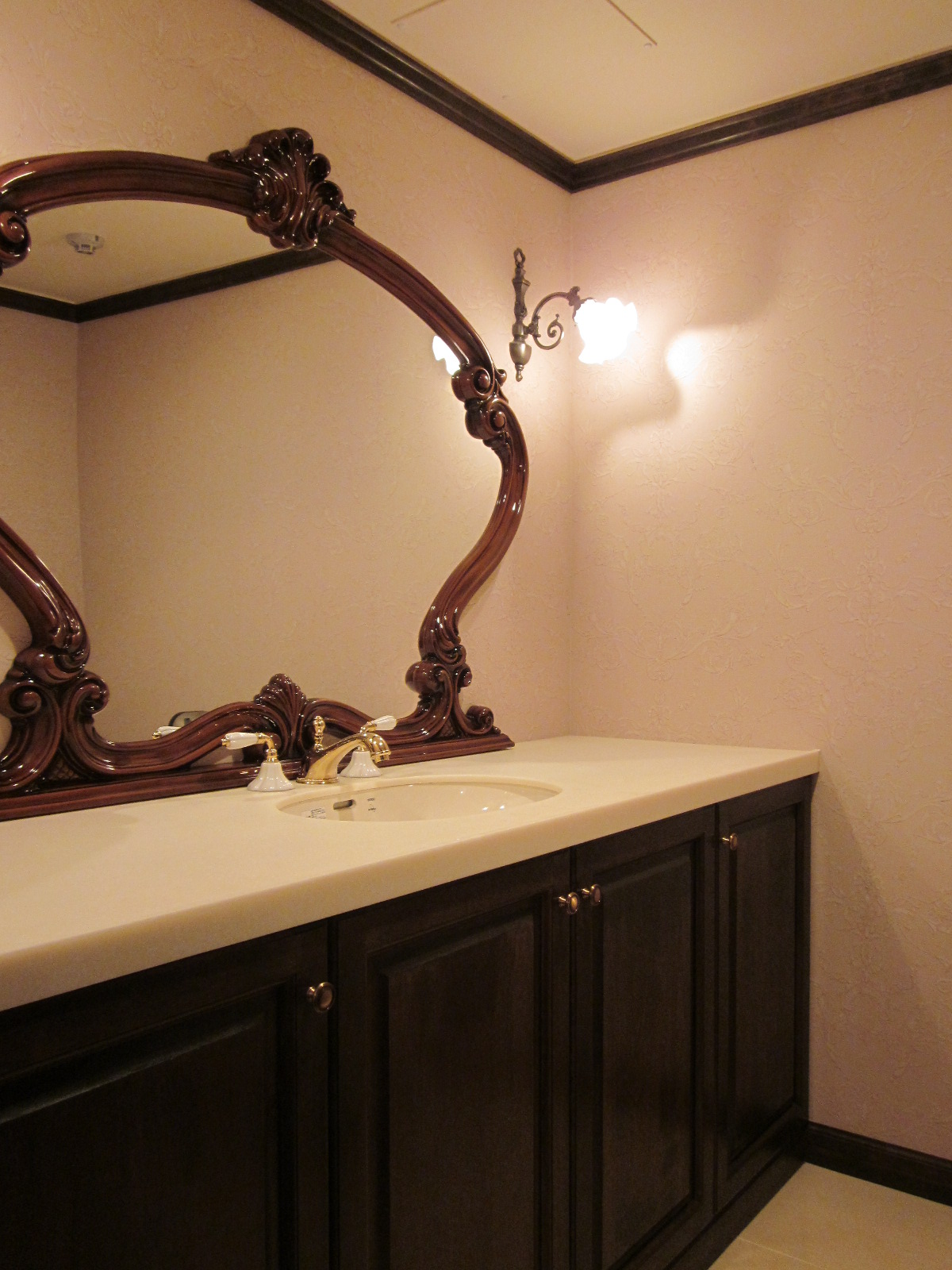 デザイン家具、洗面台